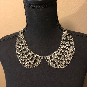 Jewelry - Boutique Rhinestone Bib Necklace